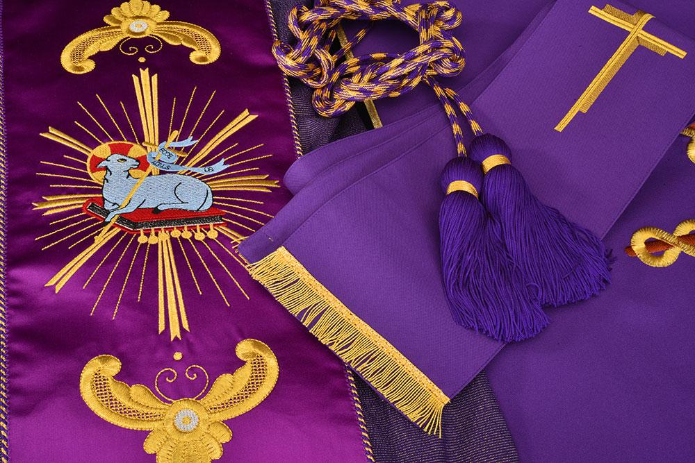 Los Ornamentos litúrgicos
