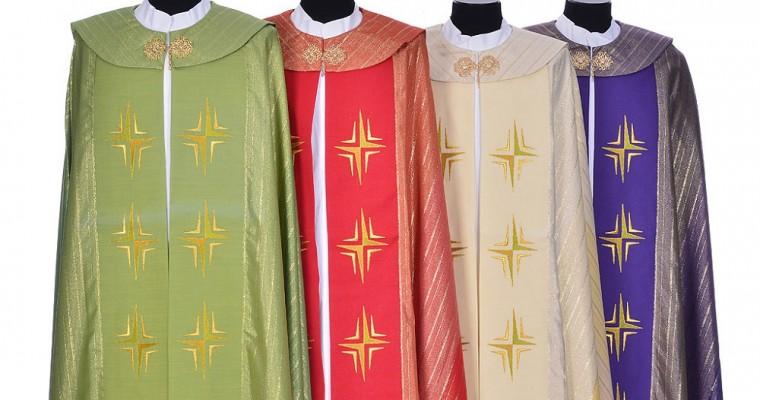 La capa pluvial litúrgica en las celebraciones