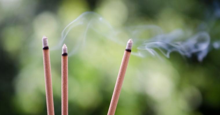 Perfumar el hogar de forma natural con inciensos