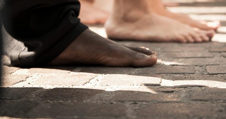 El calzado del clero: pies cómodos en el camino de la fe