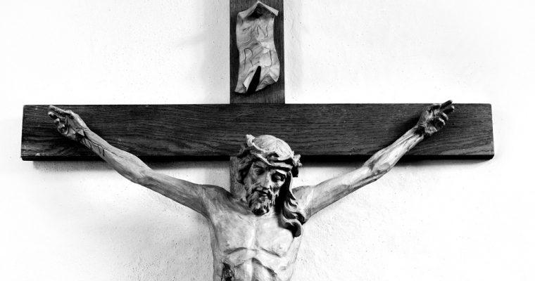 10 crucifijos para tu hogar: descúbrelos en el catálogo de Holyart